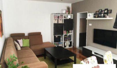 Zrekonštruovaný 3-izbový byt s loggiou pri OC Retro, Ružinov