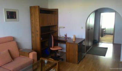 Na prenájom zariadený 3-izbový byt s loggiou v Petržalke