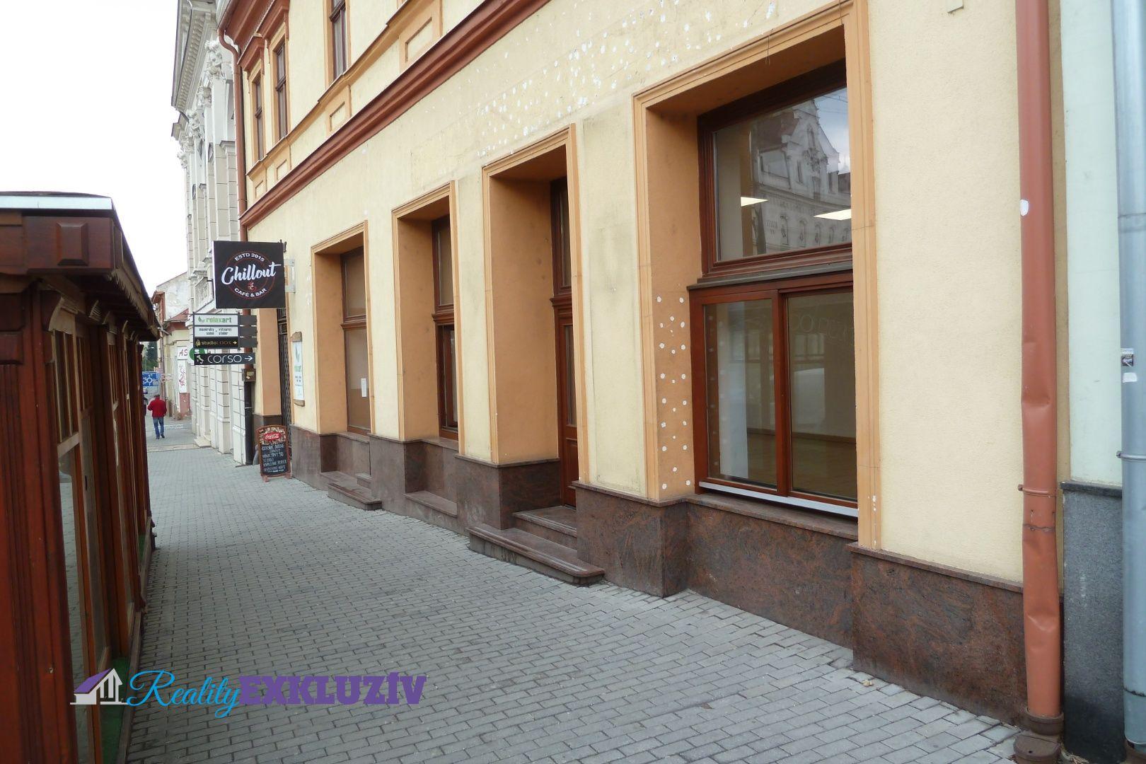 a01b34a923 Obchodný priestor v centre mesta Lučenec na prenájom - cena dohodou ...