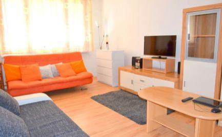 DMPD real Vám ponúka na predaj 1-izbový byt v Prievidzi na ulici Jesenského.