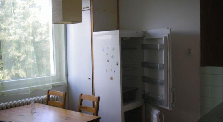 Na predaj veľký 2 izbový byt 74 m2 Senica