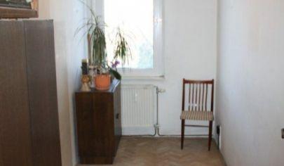 Na predaj 3. izbový byt Ružinov, Komárnicka.