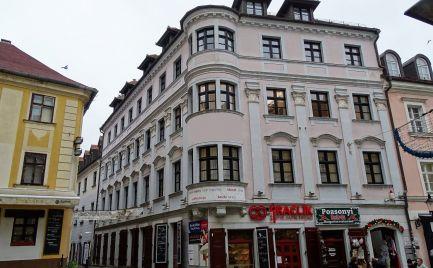 Prenájom lukratívny kancelársky priestor v centre Bratislavy na Michalskej ulici.
