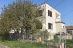 Priestranný rodinný dom v blízkosti Regio Jet, obec Orechová Potôň