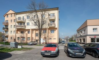 Priestranný 2 izbový mezonetový byt s možnosťou dorobenia tretej izby.