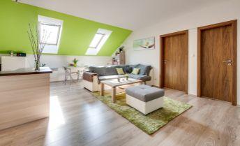 Priestranný 2 izbový mezonetový byt s možnosťou dorobenia tretej izby
