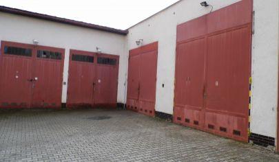 MARTIN PODHÁJ NÁJOM tehlová garáž 94m2