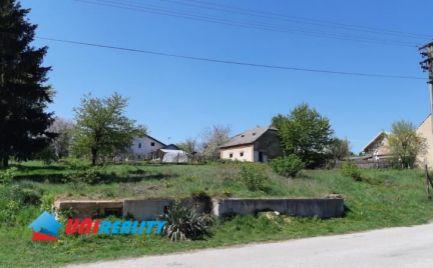 TOPOĽČANY – obec VOZOKANY / krásny pozemok o výmere 2.542 m2 na stavbu domu / domov