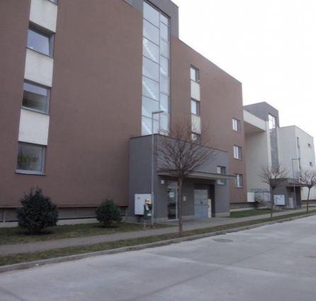 StarBrokers- PRENÁJOM: Veľký 3-izb.byt s garáž.státím, novostavba Stupava, Cementárenská ul.