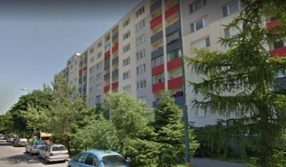 Na predaj 3 izbový byt na začiatku Petržalky