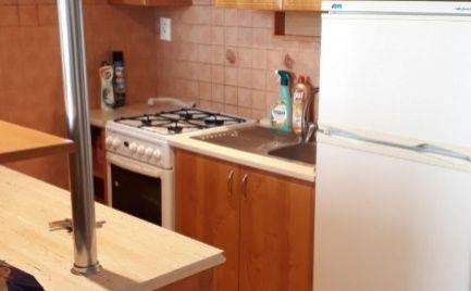 NA PRENÁJOM - Bánovce nad Bebravou - 1 - izbový byt na prenájom - Dubnička - 2 osoby - zariadený