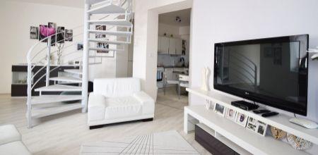 ZNÍŽENÁ CENA!! Bývanie v centre Trenčína v slnečnom 3 izbovom byte