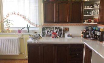 ZNÍŽENÁ CENA - 4-izbový rodinný dom - Oponice, Topoľčany
