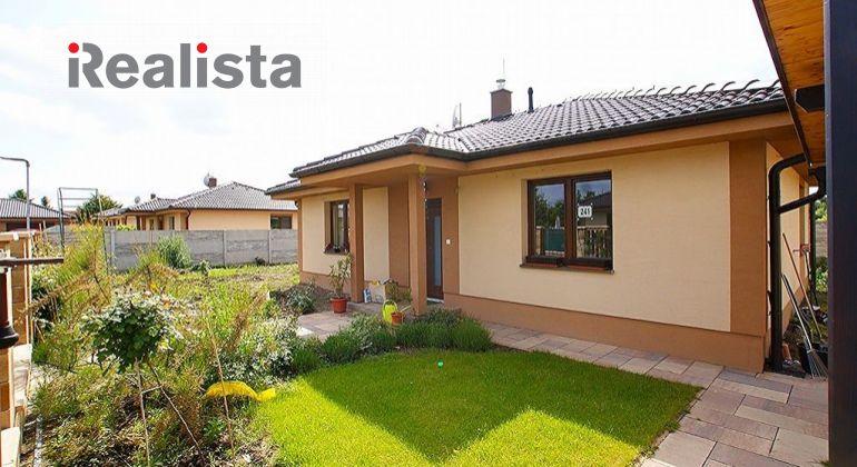 REZERVOVANÉ - Nový, 3 izbový rodinný bungalov 19 km od Bratislavy