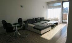 Zariadený 2i byt v novostavbe, terasa 11m2, garáž.státie, v blízkosti centra, Černyševského ul., Petržalka