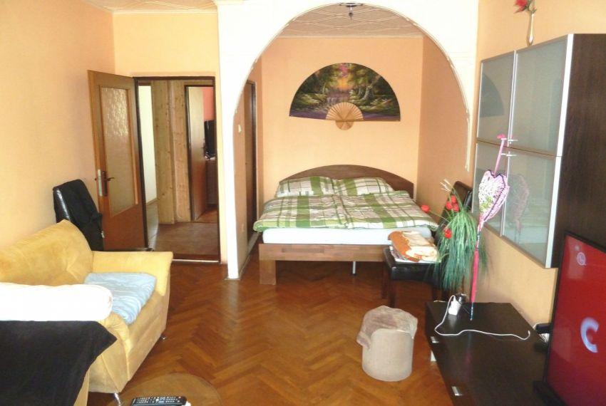 Predaj 2 izbový byt Lučenec-2