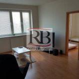 Na prenájom 1 izbový byt na Malokarpatskom námestí v Lamači