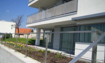 3-izbový byt v Kráľovskom údolí, diplomatický komplex, parkovanie