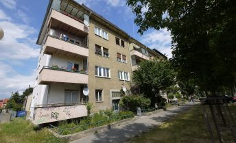 3-izbový tehlový byt 72,28 m2 + balkón Riazanská ulica