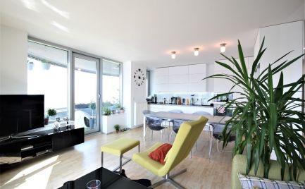 PREDAJ - Výborný 4i byt v komplexe III Veže