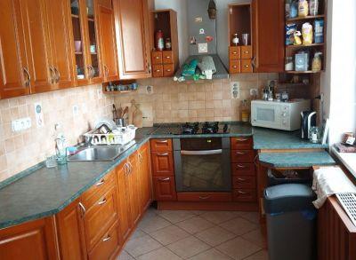 Ponúkame Vám na prenájom 4 izbový byt Bratislava-Ružinov, Ostredková ul.