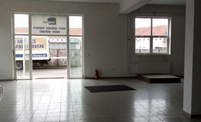 Obchodný priestor 250 m2 na prenájom, Nové Mesto nad Váhom.