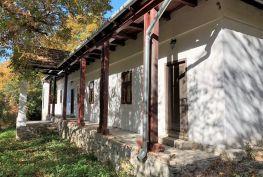 MAĎARSKO - VAGASHUTA - PRIESTRANNÝ 3 IZBOVÝ RODINNÝ DOM V TICHOM PROSTREDÍ.