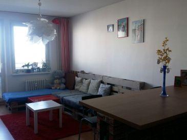 2izb byt s balkónom na ul. Vl. Clementisa v Trnave - m.č. Družba v zateplenom obyt. dome 89.000€