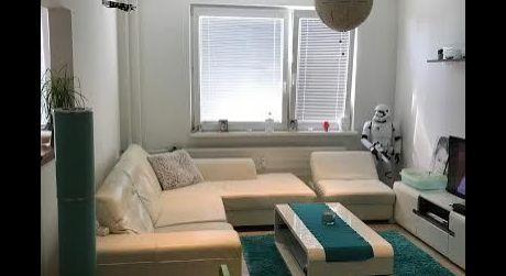Exkluzívne -Predám  pekný 3-izb byt spolu so zariadením na ul.Nábrežná v NZ.