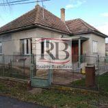 Na predaj 3 izbový rodinný dom v obci Horné Janíky