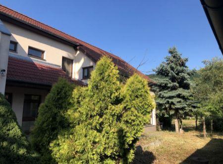 2 rodinné domy v obci Psiare na predaj!