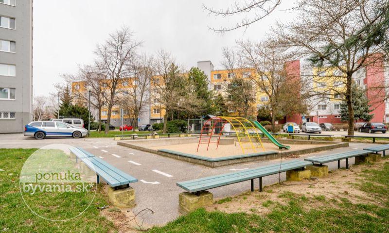 ponukabyvania.sk_Čiernovodská_3-izbový-byt_KOVÁČ