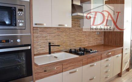 PREDANÉ!  Exkluzívne u nás! Predaj veľmi pekne zrekonštruovaného 3 izb. bytu -  Nitra