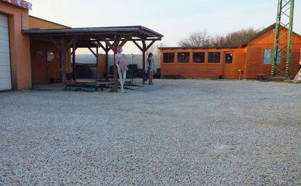 Bývanie a podnikanie v polyfunkčnom areály v Nových Zámkoch na pozemku 1100 m2