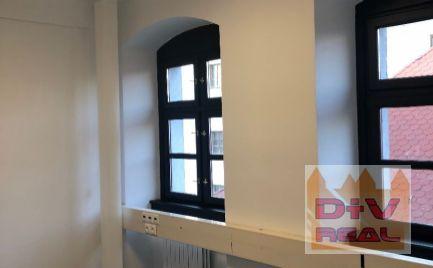 Prenájom: 6 miestností na kancelárie, Michalská ulica, Ba I, samostatný uzavretý celok s vlastným vchodom, pešia zóna, parkovanie možné prenajať v blízkosti