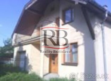 Dom s krásnym pozemok v obci Dunajská Streda