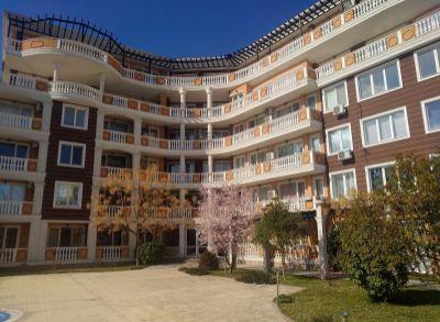 Rezidenčný apartmán v pokojnom prostredí Slnečného Pobrežia-Bulharsko Juh