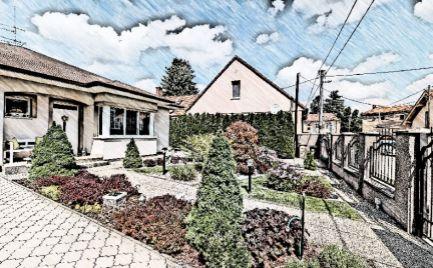 DOM-REALÍT ponúka, Príjemný rodinný dom s garážou a krásnou záhradou