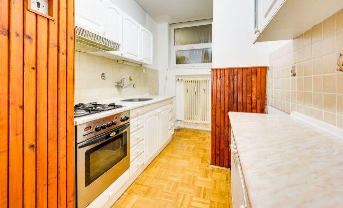 Predaj 3 izbový byt, Bratislava - Karlova Ves, Jurigovo námestie