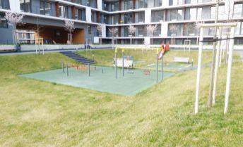 REZERVOVANÉ!!! 1 izbový byt s predzáhradkou v novostavbe Slnečnice zóna Mesto A2