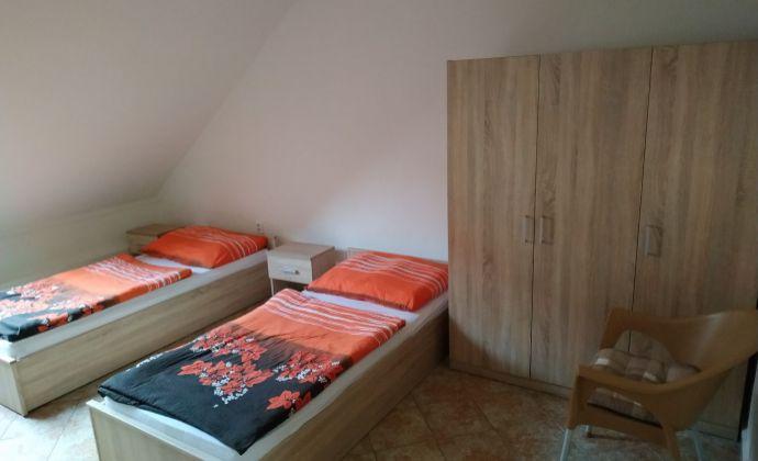 Apartmán pre 4 osoby vhodný na krátkodobé ubytovanie