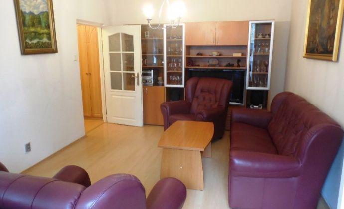 Pekný 2izb. byt, 56 m2 s 10 m2 loggiou, (garáž), Vrútocká ul, BA II - Trnávka