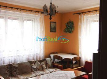 Exkluzívne na predaj domček s krásnym pozemkom v obci Telgart