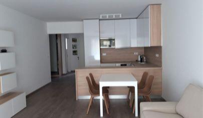 Prenájom - Exkluzívny 3 izbový byt  s loggiou v rezidenčnom projekte STEIN2 - Staré mesto.TOP PONUKA!