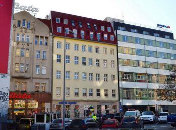 BA nám. SNP – veľmi komfortný Mezonet 270 m2 (5 izb.) v centre Bratislavy.