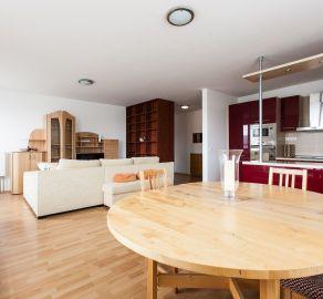 StarBrokers - LEN U NÁS! 3-i byt v novostavbe (150 m2), v Dúbravke, s veľkou terasou s výhľadom na Kamzík, logia + 2 garážové státia