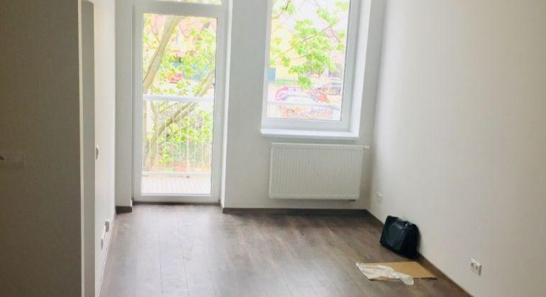 Pozor znížená cena!!! Moderný 1,5 izb. byt s balkónom! voľný ihneď!