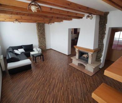 Ponúkame na prenájom krásny mezonetový byt v Považskej Bystrici, na sídlisku Lány.