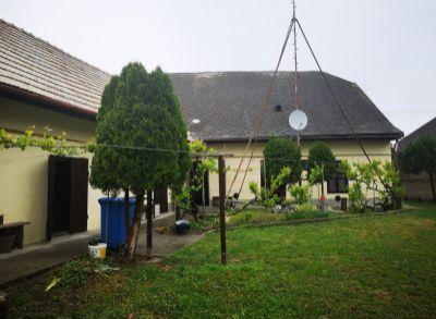 Areté real, Predaj štýlového 5-izbového rodinného domu s rozľahlým pozemkom v obci Zemianska Olča
