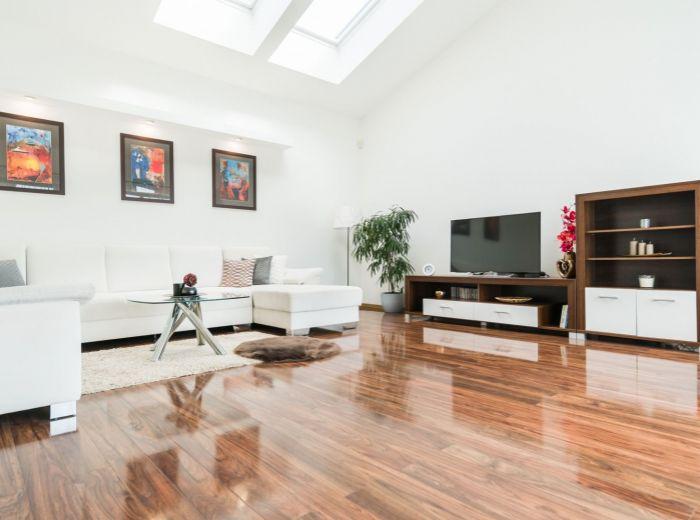 DOLICHÉNSKA, 4-i dom, 183 m2 - POZEMOK 769 m2, garáž pre 2 autá, NOVOSTAVBA 2014, príroda a pokoj